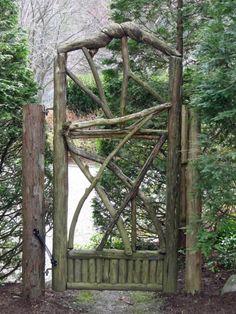 Originelle Gartentür - atemberaubende Ideen
