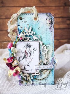 Altared Tag Tutorial by Evgeniya Zakharova | Lindy's Stamp Gang
