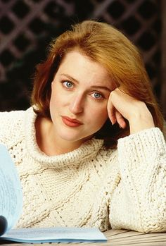 Love this beautiful image of a younger Gillian ♥