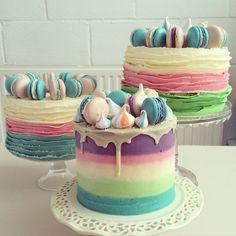 Pastel layered cake