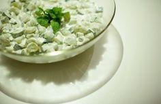 Salada de pepino com uva-itália | Panelinha - Receitas que funcionam