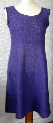 Isn't this a beautiful dress? sideways knit skirt, tuck lace bodice.