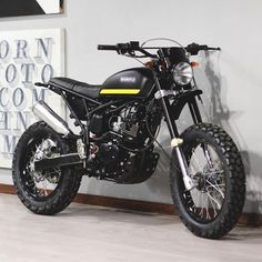 19 ideas for motorcycle honda garage Motos Honda, Honda Motorcycles, Custom Motorcycles, Custom Bikes, Cars And Motorcycles, Honda Motorbikes, Tracker Motorcycle, Scrambler Motorcycle, Motorcycle Design
