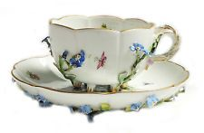 LOVELY FINE 3D FLORAL WITH BUTTERFLY PATTERN TEA CUP AND SAUCER SET - PRETTY