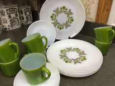 Hey, I found this really awesome Etsy listing at https://www.etsy.com/listing/255566277/19-piece-anchor-hocking-meadow-green