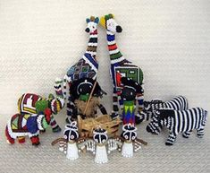 Nativity set from South Africa. (more sets pictured on site) #holiday #christmas