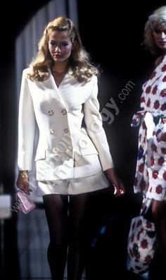 Karen Mulder w/ Linda Evangelista, Versus by Versace