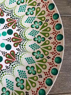 Ten Inch Dinner Plate Mandala Plate Dot Mandala Art Hand Mandala Art, Mandala Painting, Dot Painting, Ceramic Painting, Hand Painted Plates, Hand Painted Rocks, Pottery Painting Designs, Art And Hobby, Henna Designs Easy