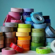 Top 10 washi tape DIY ideas for weddings. Including a unique favour box DIY idea from Anna Lee Company Cute Crafts, Creative Crafts, Crafts To Make, Arts And Crafts, Paper Crafts, Diy Crafts, Do It Yourself Design, Do It Yourself Inspiration, Diy Projects To Try
