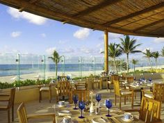 All-inclusive resorts with the best food! #allinclusive #girlsgottaeat #brideandgroom