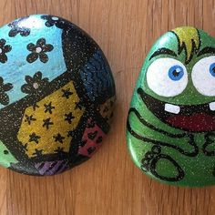 #paintingrocks #paintingstones #malerpåsten #stone #hobby #colour #stoneart #stonepainting #rockpainting #coloursoftherainbow