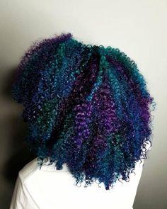 24 New Ideas Hair Color Natural Dye Curls Purple Natural Hair, Dyed Natural Hair, Teal Hair, Pelo Natural, Natural Hair Styles For Black Women, Natural Curls, Curly Purple Hair, Natural Hair Growth, Dyed Curly Hair