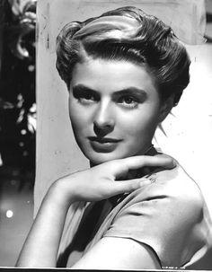 Jeune et très belle, elle est Ingrid Bergaman. 1962.