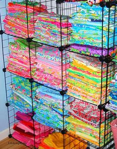 this collection of vintage lilly fabric makes my heart race!