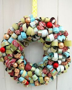 Paper wreath  Tracie Hudson for Fancy Pants Designs