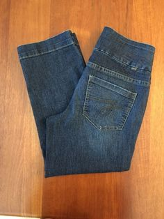 Jag Jeans Crop Comfort Denim Womens Sz. 4 Pull on Jeans 5 Pocket Dark Stretchy #JagJeans #CapriCropped