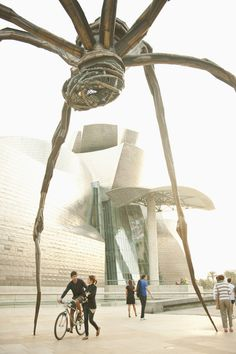 Museo Guggenheim, Bilbao (País Vasco) War of the Worlds Art Style… Murcia, Granada Andalucia, Guggenheim Bilbao, Louise Bourgeois, Barcelona, Basque Country, Madrid, Spain Travel, Valencia