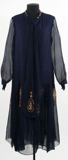 Dress: ca. 1920's, silk.