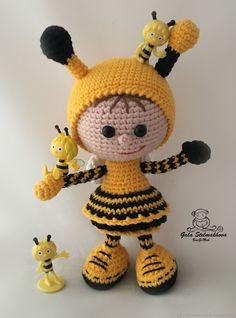 Crochet Butterfly Free Pattern, Crochet Bee, Crochet Animal Patterns, Stuffed Animal Patterns, Crochet Patterns Amigurumi, Cute Crochet, Amigurumi Doll, Crochet Dolls, Crochet Animals
