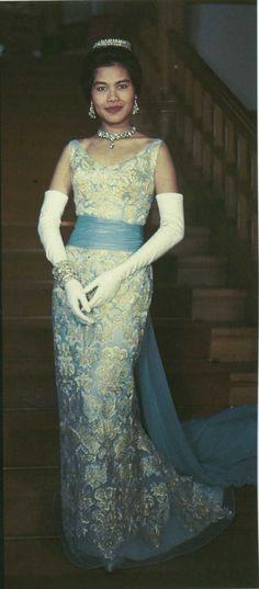 Queen Sikrit of Thailand in a Pierre Balmain ballgown
