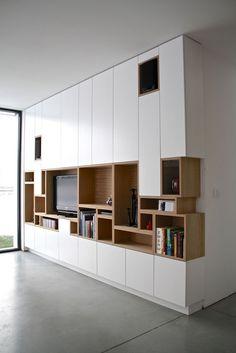 Kastwand - vakjes van boekenkast komen terug in tv-kast Home Furniture, Furniture Design, Modular Furniture, Furniture Showroom, Street Furniture, Deco Furniture, Classic Furniture, Plywood Furniture, Pallet Furniture
