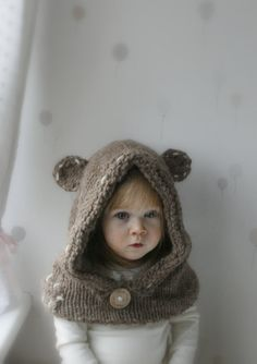 *** This listing is only a PDF PATTERN in ENGLISH and not a finished product ***  This is knitting pattern for cute teddy bear hood Barri with a small