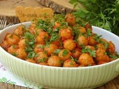 When You Taste This Meatball, It Will Not Be Removed From Your Palates: Garlic Meatballs - Türkische Küche Ideen Paleo, Pollo Buffalo, Turkish Recipes, Ethnic Recipes, Gin Fizz, Kebab, Good Food, Yummy Food, Dinner Ideas