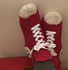 Näissä tennareissa saa pitää jalat pöydällä – koreasti! Katso selkeä ohje Mun tekemä! -blogista.