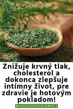 Znižuje krvný tlak, cholesterol a dokonca zlepšuje intímny život, pre zdravie je hotovým pokladom! Natural Medicine, Cholesterol, Food And Drink, Yoga, Drinks, Health, Nature, Plants, Drinking