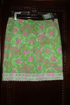 d024fc1809d14e Lilly Pulitzer Sunnyside print skirt, size 2, NWT New Lilly Pulitzer skirt  in '