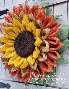 Sunflower Burlap Wreaths, Mesh Ribbon Wreaths, Fall Wreaths, Wreath Crafts, Diy Wreath, Wreath Burlap, Wreath Ideas, Grapevine Wreath, Burlap Wreath Tutorial