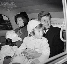1961. 4 Février. Kennedy's