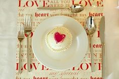 59 Romantic Valentine's Day Table Settings - DigsDigs