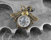 Steampunk Compass Bee Golden Brooch - Flight of the Travelling Bumblebe