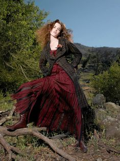 Nicole Linkletter - Country Couture - Photoshoot by Craig de Christo - Cycle 5