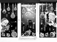 Готовые вытынанки «Сказка на Окне»   ВКонтакте Christmas Mandala, Christmas Mood, New Year's Crafts, Christmas Crafts, Outside Christmas Decorations, Christmas Stencils, Holiday Pictures, Biscuit, Christmas Ornaments