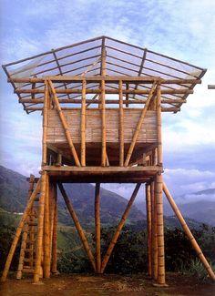 Bamboo hut -Tolva en Hacienda Java, Indonesia