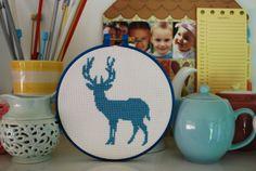 Deer cross stitch - free pattern.