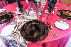 #girlsnight out. Hot pink linen, Black and white damask table runner. Black accents (charger plates and napkins)