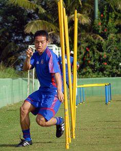 [ 2008 J's GOALキャンプレポート ] F東京の1月26日 26日にグアムキャンプの練習に初参加した長友佑都が、サーキットトレーニングを元気にこなす。  ---------- ★【2008 J's GOALキャンプレポート:1月25日&26日】F東京キャンプレポートが届きました!  2008年1月26日(土):グアム