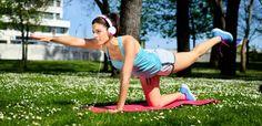 Gattonare per tonificare e ritrovare la forma fisica: è il momento del crawling. Ecco come praticare questo trend fitness all'aria aperta