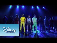"""Violetta: Show final - Violetta y elenco cantan """"Ser Mejor"""" - YouTube"""