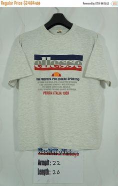 GRANDE VENTE Vintage ELLESSE Perugia Italie T Shirt taille Large / chemise Ellesse Vintage / Ellesse T shirt /