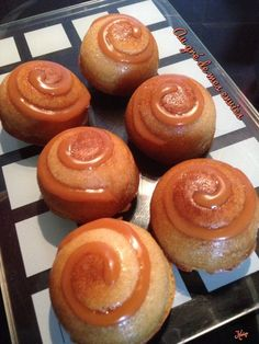 Fluffy with apple, caramel sauce - Easy And Healthy Recipes Cooking Time, Cooking Recipes, Healthy Recipes, Sauce Caramel, Yummy Food, Tasty, Mini Desserts, Apple Recipes, Caramel Apples