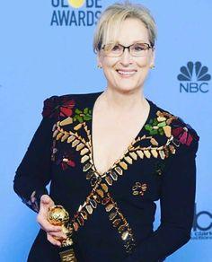 """Meryl Streep recebeu o Golden Globe honorário """"Cecyl B. De Mille"""" que homenageiou sua carreira. Esse é o nono GG de sua carreira e em seu discurso ela disse  que Hollywood se fez com estrangeiros. O que é Hollywood senão um grupo de gente de todas as partes?. Ruth Negga protagonista deLoving é de origem irlandesa e etíope. Natalie Portman é de Jerusalém. Dev Patel é britânico nascido no Quênia e criado em Londres filho de imigrantes indianos. Ryan Gosling estrela deLa La Land o filme que foi…"""