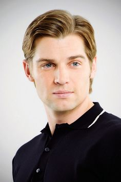 Mike Vogel <3 Dean from Pan Am