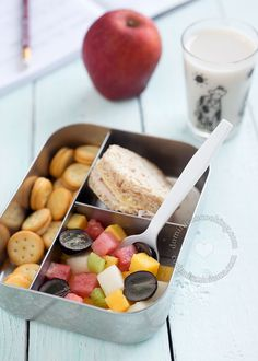 Back to School Lunch and Snack Ideas: Parents try each morning to come up with ideas that appeal to their kids, easy to prepare, and take little time. Here's some.