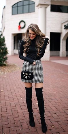 Stiefel lll ways-wear-knee-high-boots-outfit-winter Plus Dimension Wedding ceremony Clothes Weddings Long Boots Outfit, Winter Boots Outfits, Fall Outfits For Work, Winter Fashion Outfits, Autumn Fashion, Fashion Boots, Knee High Boots Outfits, Black Winter Boots, Fasion