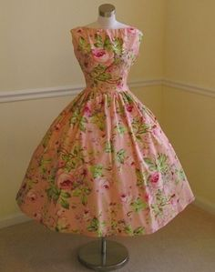 Vintage floral dress perfect for a spring tea party in the garden.