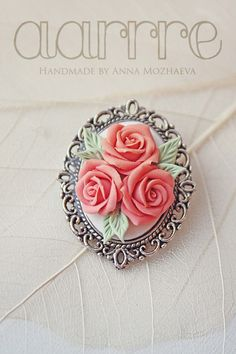 Brooch in vintage style roses handmade cameo